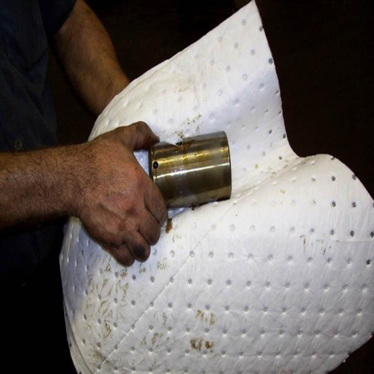 高质量的熔喷吸油棉